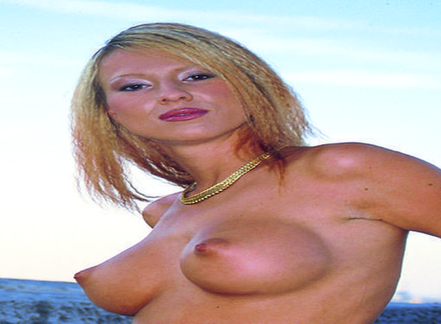 Eva - 34 jährige, geschiedene Frau!