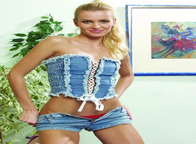 Sanja - 185 cm groß und sehr weiblich geformt!